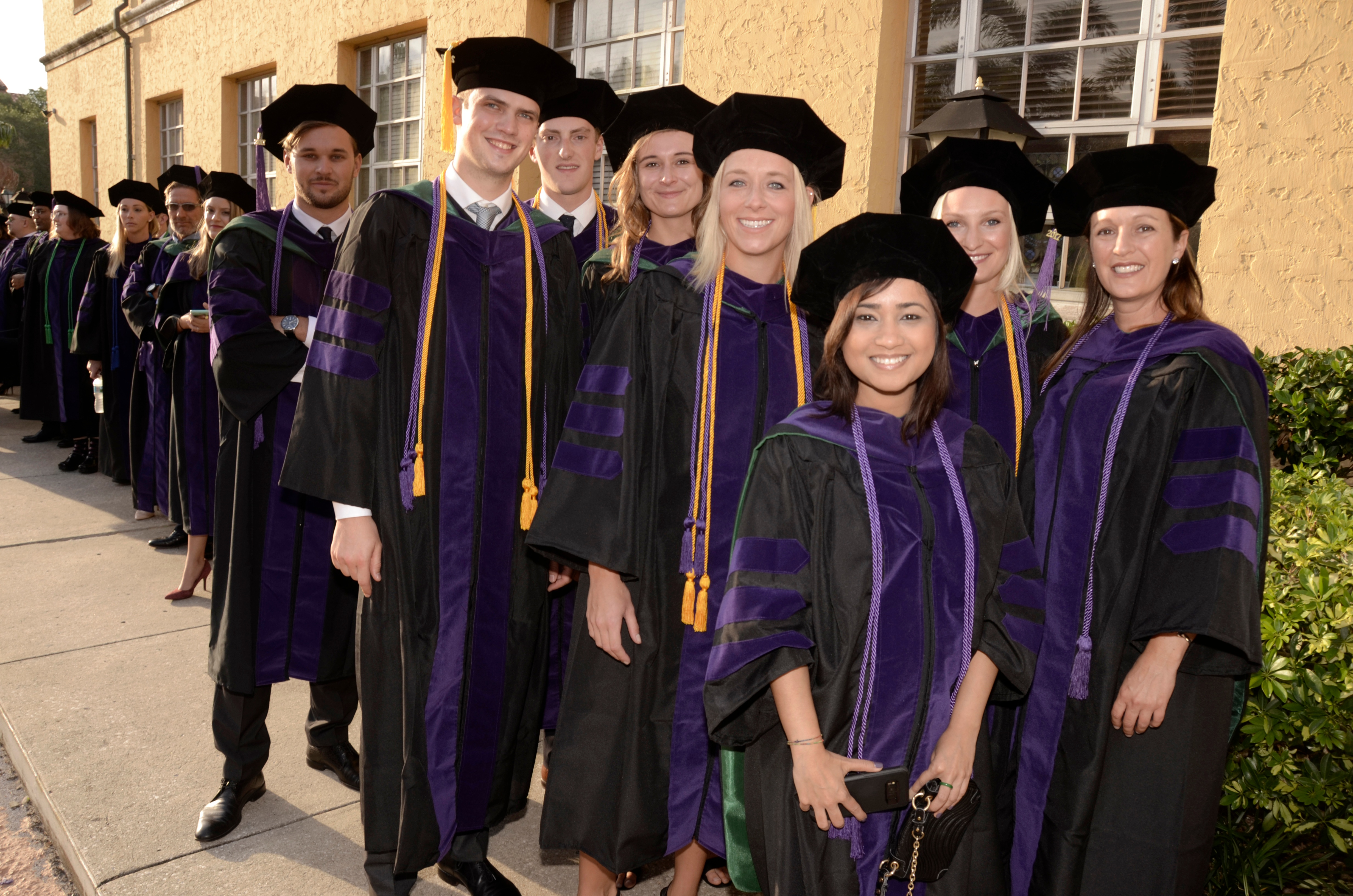 international-llm-graduates-2017.jpg